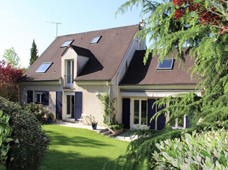 Maison Saint Nom La Breteche 8 pièce(s) 223 m2