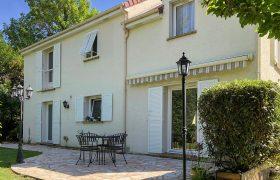 Maison Saint Nom La Breteche 7 pièce(s) 160 m2