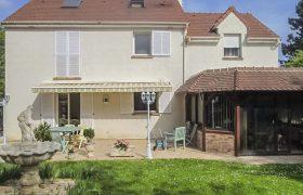 House Saint Nom La Breteche 7 room (s) 162.51 m2
